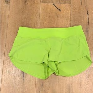 Lululemon Shorts, neon green size 6 good condition